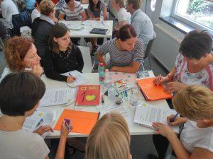 Udeleženci seminarja med delavnico