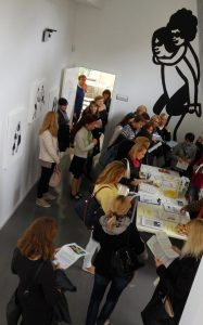 Obiskovalce so zanimali ogledi prostorov in naša gradiva